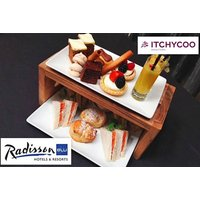 £21 instead of £44 for a traditional afternoon tea for two people, or £26 to include a glass of Prosecco each at the 4* Radisson Blu Royal Mile, Edinburgh - save up to 52% - Edinburgh Gifts