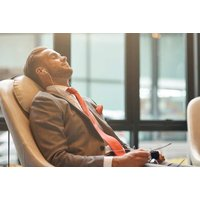 £1 for up to 25% off airport lounge access for up to seven people from Sky Parking Services - choose from 20 airports across the UK! - Wowcher Gifts