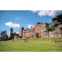 £139 (at the De Vere Selsdon Estate) for an overnight Surrey retreat for two people with breakfast, two-course dinner, leisure access and late check out - save up to 33% - Holidays Gifts