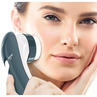 Image of £5.99 instead of £9.99 (from Wahl) for a compact massager - save 40%