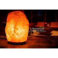 £12.99 instead of £46 (from Mineral Salt) for a 2-3kg Himalayan salt lamp or £17.99 for a 3-5kg lamp - save up to 69%