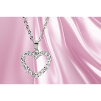 £9.99 instead of £67.51 (from Jewel Unique) for a sterling silver pave heart necklace - save 86% - Jewel Gifts