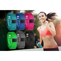 £7.50 instead of £31.99 for a bluetooth fitness and activity tracker from Ckent Ltd - save 77% - Activity Gifts