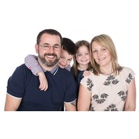 £9 for a family photoshoot for up to eight people including six prints, a canvas and a digital image at Jigsaw Photography, Sutton Coldfield - Photography Gifts