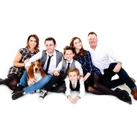 £9 for a family & pet photoshoot with prints from Kaushik Bathia Photography at Northwood Hills Studios - Photography Gifts
