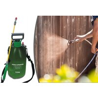 £8.99 instead of £31.99 (from Direct2Public) for a five-litre garden fence and weed pressure sprayer - save 72% - Weed Gifts
