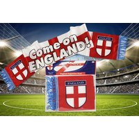 £3.99 instead of £19.99 (from London Exchainstore) for an England football world cup scarf - save 80% - World Cup Gifts