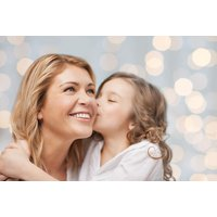 £7 for a mother & daughter photoshoot from Memories Portrait Photographers - save 99% - Mother Gifts