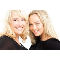 £12 instead of £149.99 for a mother & daughter makeover photoshoot from The Model Experience - save 92% - Mother Gifts