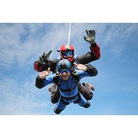 £249 for a tandem skydive including safety briefing and equipment from Buyagift - choice of 10 locations! - Skydive Gifts