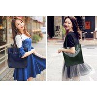 £14.99 instead of £49.99 (from Blu Fish) for a real leather shoulder bag - save 70% - Shoulder Bag Gifts