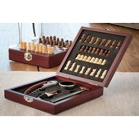 £11.99 (from InnovaDeals) for a chess wine set - Chess Gifts