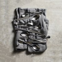 Bruton Cutlery – Set of 42, Silver, One Size