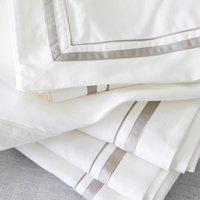 Cavendish Flat Sheet, White Mink, Emperor
