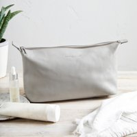 Pebblegrain Leather Wash Bag
