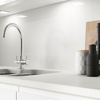 Click to view product details and reviews for Alusplash Splashback Ice White 800 X 600mm.