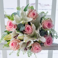 Sweet Pink Rose & Lily & White Wine