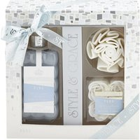 Style & Grace Puro Bathroom Retreat Gift Set 500ml Bath Cream + Rose Shaped Bath