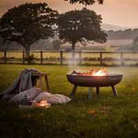 Product photograph showing Garden Trading Foscot Outdoor Fire Pit In Raw Steel - Medium