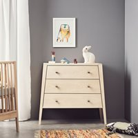 Leander Linea 3 Drawer Dresser in Oak