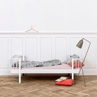 Oliver Furniture Contemporary Wood Single Kids Bed in White