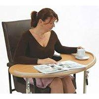 Gebaseerd op het concept van het gebogen bureau, is deze boven stoel tafel ontworpen om maximaal fauteuil ...