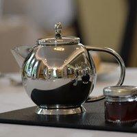 Elia Perfect Pour Teapot 0.7ltr - Teapot Gifts