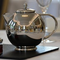 Elia Perfect Pour Teapot 1.2ltr - Teapot Gifts