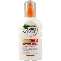 Garnier Ambre Solaire Moisturising Protection Spray Spf 20 200ml