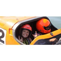Two Seater F1 Powerboat Experience in Bedfordshire - F1 Gifts
