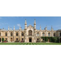 Private Walking Tour of Royal Cambridge Colleges - Walking Gifts