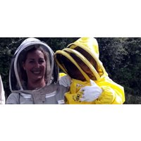 Half Day Beekeeping Experience Bedford - Experiences Gifts