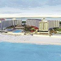 Crown Paradise Cancun