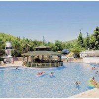 Crystal Green Bay Resort