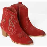 In The Mood Suede Boots