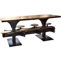 Tisch Richmond Hill