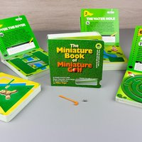 The Miniature Book of Miniature Golf - Books Gifts