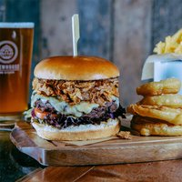 Gourmet Burger and Craft Beer Experience - Gourmet Gifts