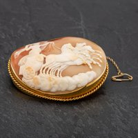 Pre-Owned Antique Victorian Large Oval Boadicea Cameo Brooch With Safety Chain