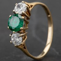 Pre-Owned 9ct Yellow Gold Green and White Cubic Zirconia Trilogy Ring 4157069