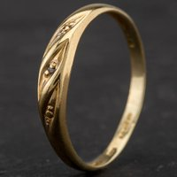 Pre-Owned 9ct Yellow Gold Diamond Set Fancy Band Ring 4167287