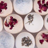 Ceramic Bath with 10 Bath Bombs - Mixture