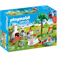 Playmobil 9272 City Life Housewarming Party with Illuminating Bunting and BBQ - Party Gifts