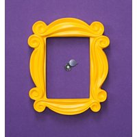 Friends Peephole Photo Frame - Truffleshuffle Gifts
