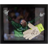 Manchester United F.C. Schmeichel Signed Glove (Framed)