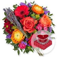 Farbenfreude und Herzkerze in Geschenkpackung