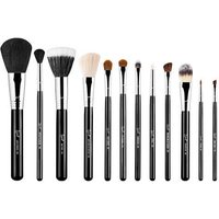 Sigma Beauty Essential Brush Kit - Make Me Classy