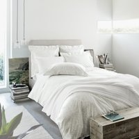 Wilton Bed by The White Company : international shopping for