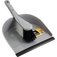 Wickes Medium Dustpan & Brush Set