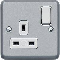 MK Metalclad 13A 1g Dp Switch Socket